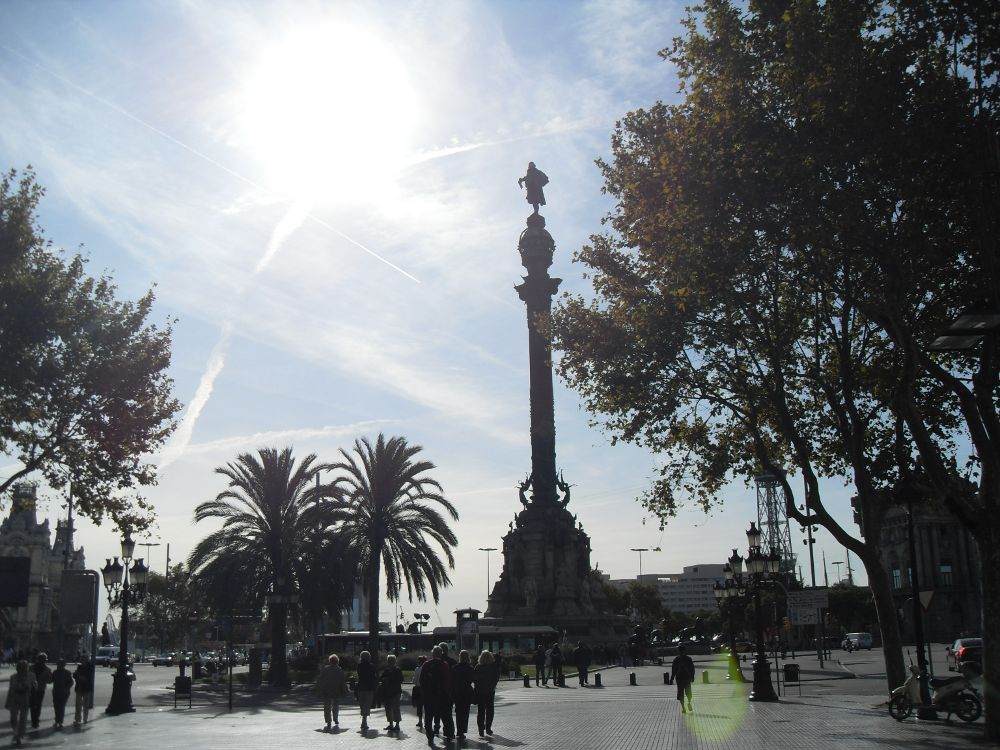 Barcelona attractions,clubs, hotels, sightseeing